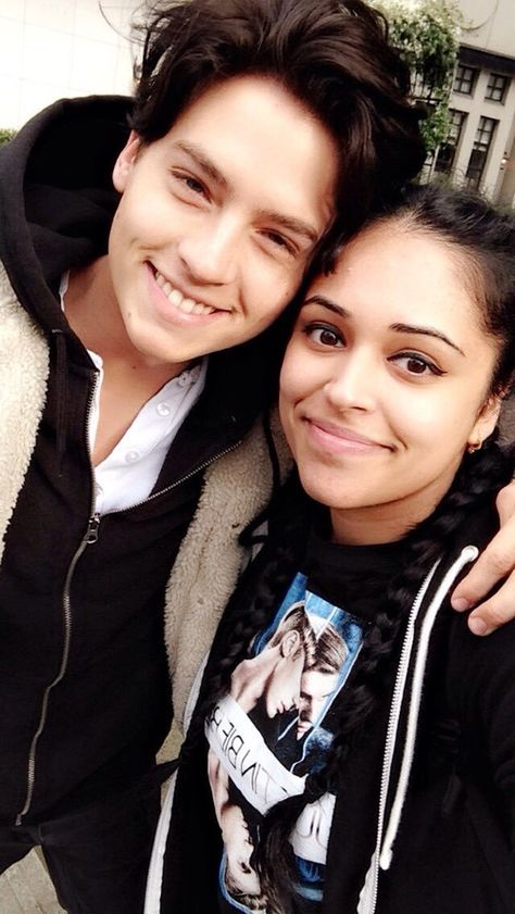 Cole with another fan 😍 in Vancouver 👌🏻 on We Heart It