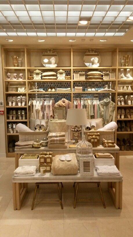 Visual Merchandising Retail Display