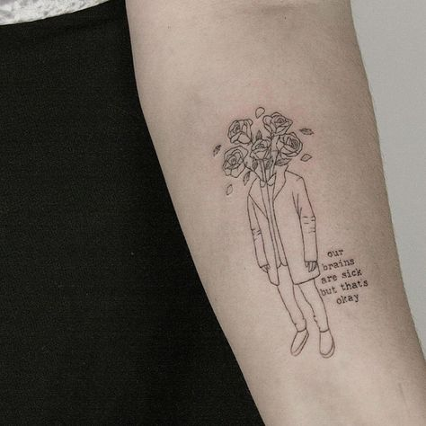 23 Amazing Minimalist Tattoos by the Talented Lindsay April
