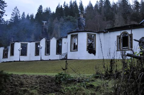 boleskine house fire | Ghost hunters claim smoke photographed rising from ruins of Black ...