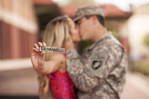 ideas wedding pictures poses military engagement photos for 2019 Military Engagement Pictures, Military Couple Pictures, Military Couples, Military Love, Engagement Couple, Country Engagement, Winter Engagement, Engagement Shots, Military Photos