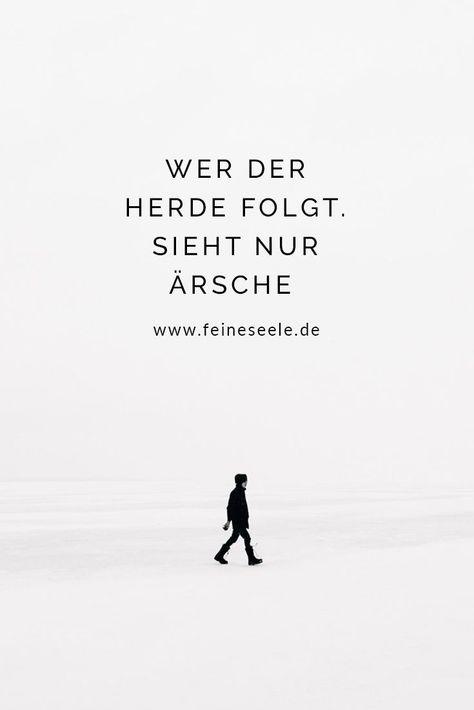 Mehr Klarheit im Leben wünschen sich viele Menschen. Doch der erste Schritt in Richtung Minimalismus erfordert eine Menge Mut�� #selbstbewusstsein #glücksgefühle #glücklichsein #glücklichwerden #glücklich #glücklicherleben #coaching #stefanieadam #achtsamk