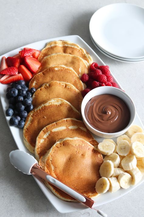It's pancake day in the UK which means homemade pancakes and fruit platter w/ a healthy serving of Nutella ofc :)