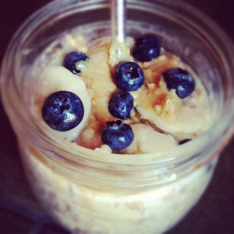 Overnight Refrigerator Steel Cut Oats with Fresh Fruit and Peanut Butter   www.TheLemonBowl.com   #oatmeal #breakfast #healthy