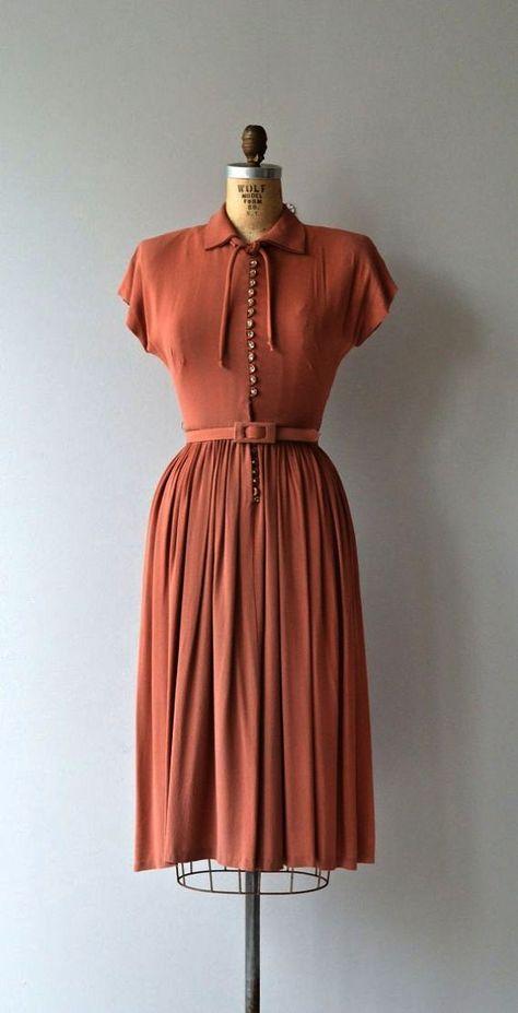 50s Dress Elegant Vintage 1950s Floral Dress