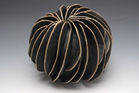 italian ceramicist rita miranda -here