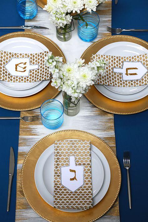 Hanukkah Tablescape - QuinnCooperStyle.com