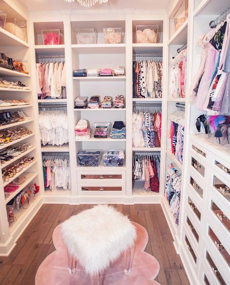 Luxurious Girls Closet