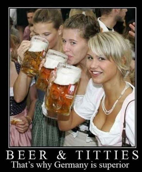 Pin By Paula Frantz On Hahahaha With Images German Beer Girl Beer Girl Oktoberfest