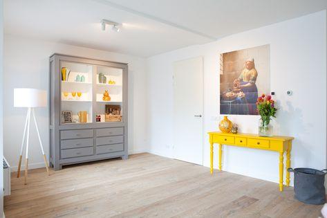 Grote Woonkamer Kast : Nieuwbouwwoning interieurinspiratie woonkamer met grote kast