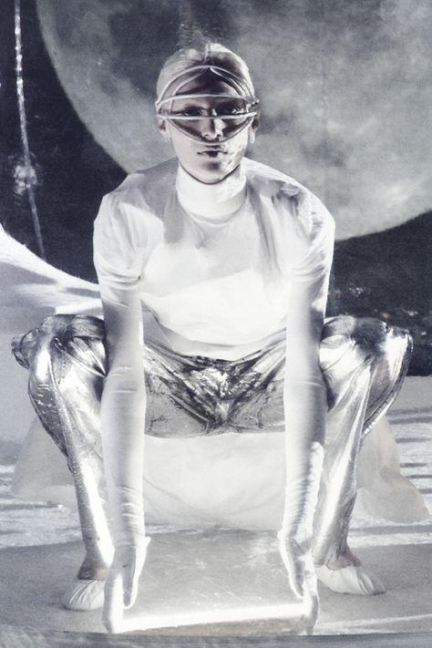 """""""Lost in Cyberspace"""" by Steven Meisel"""