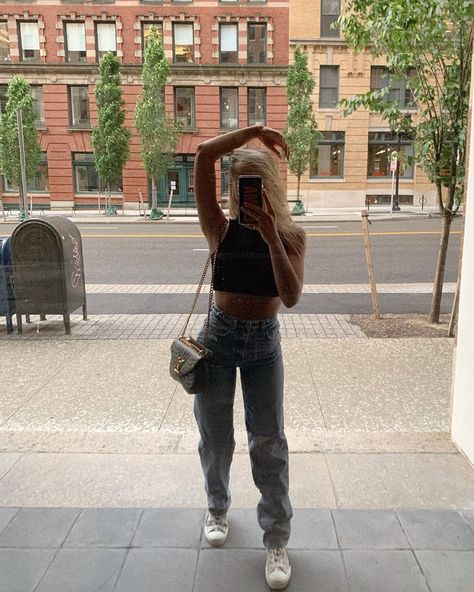 "Emma MacDonald (@emmamacdonald) posted on Instagram: ""new appreciation for jeans"" • Jun 25, 2020 at 2:36am UTC Cute Casual Outfits, New Outfits, Spring Outfits, Fashion Outfits, Body Building Men, Mode Streetwear, Fashion Killa, Aesthetic Clothes, Teen Fashion"