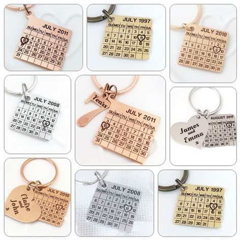 My personalized calendar keychains are now available in copper, bronze, aluminium, brass and nickel and silver. Highlighting your memorable day!