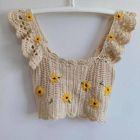 Mode Crochet, Diy Crochet, Crochet Crafts, Crochet Case, Crochet Crop Top, Crochet Bikini, Crochet Top Outfit, Crochet Outfits, Diy Fashion
