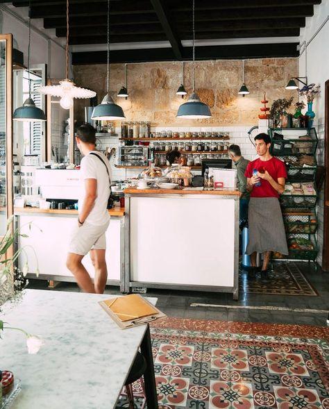 Das coole Café in Santa Catalina auf Mallorca haben wir in Palma entdeckt. Avocado, Kaffee und coole Leute.