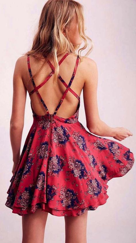 Adorable Strappy Backless Skater Dress - S / red