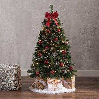 Pin By Susan S On Christmas Time Decor Small Christmas Trees Traditional Christmas Decorations Classic Christmas Tree