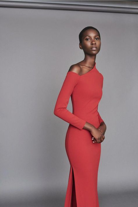 Discover the full Solace London collection of dresses with brand exclusives online now. Shop midi dresses, maxi dresses and gowns with UK next day or express global shipping.