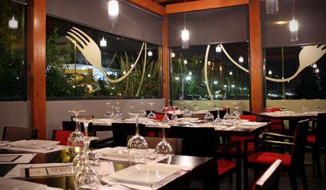 Vinilos para el restaurante Plato Al Centro