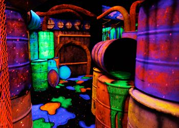 laser tag room desing blacklight 3d attractions black light mini golf black light haunted for the home pinterest haunted houses halloween