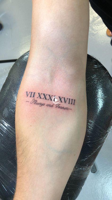 """""""VII XXXI XVIII immer und für immer"""" Mens Unterarm Tattoo"""