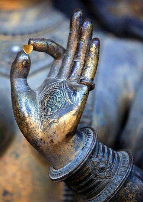 Science & Meaning of Namaste & Namaskar - GoYogi Tours