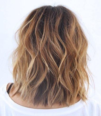 Pinterest Hairstyles For Medium Length Hair Katie Holmes We Fryzurze Beach Wave Bob Wizaz Pl Hair Styles Short Hair Styles Long Hair Styles