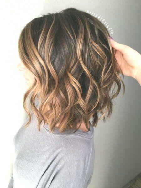 23 Beste Brunette Bob Frisuren 2017 Frisyrer Frisuren Nouvellecoiffure Hairstyle Kurzehaarschnitte Medium Length Wavy Hair Medium Hair Styles Hair Styles