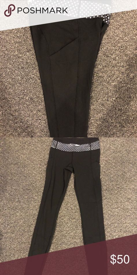 850dbe7727d57 Black Lulu lemon leggings Black Lulu lemon leggings with pockets on legs lululemon  athletica Pants Leggings