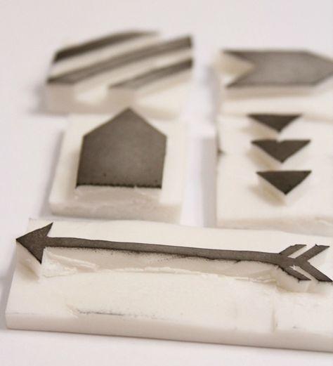 sellos flecha, triangulos, lineas