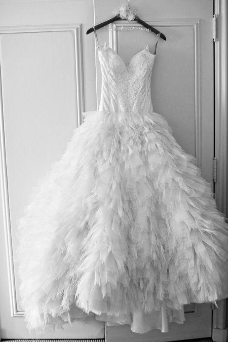 まるで白鳥の湖*フェザーたっぷりのもこもこドレスが