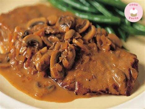 طريقة عمل البيكاتا اللحم بالمشروم وصوص الديميجلاس Veal Scallopini Recipes Veal Cutlet Recipes Veal Recipes