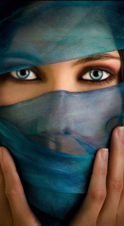 Beautiful blue eyes | Arabian Vibes | Eye color facts, Stunning eyes