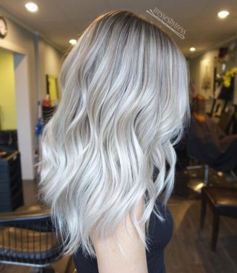 The New Platinum Blonde Is Here–And It's The Only Hair Inspiration You'll Need This Spring, Icey Blonde, Brassy Blonde, Silver Blonde Hair, Blonde Hair With Highlights, Pelo Color Plata, Ashy Hair, Bleached Hair Repair, Platinum Blonde Hair, Hair Inspiration