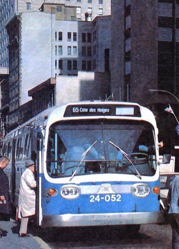Buses and the metro to get around the city | Transit in 2019