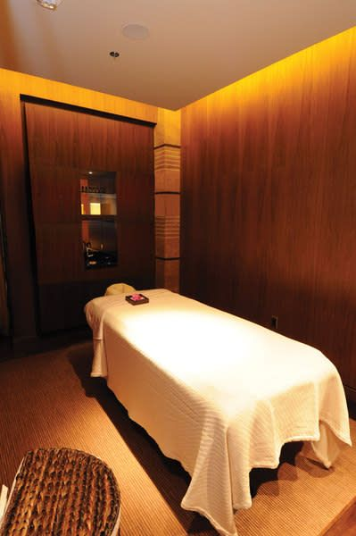 Spa Mio At The M Resort Massage Therapy Rooms Massage Room Therapy Room