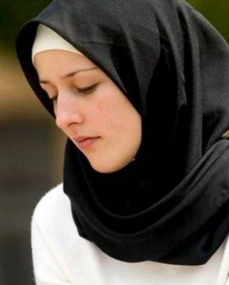 لبس الحجاب الأسود في المنام للعزباء الحجاب الحجاب في الحلم الحجاب في المنام حلم الحجاب Hijabi Girl Fashion Hijab Fashion