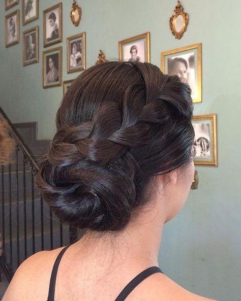 Coque com trança: 65 variações deste penteado charmoso e como fazer