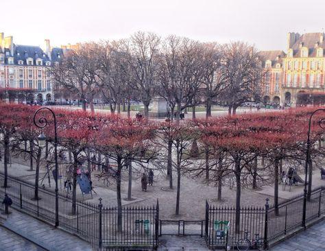 """Vacation In Paris 🗼 on Twitter: """"Place des Vosges...#Paris #parisjetaime #Travel #FridayVibes 📸@Fantastique212 ❤️💞… """""""