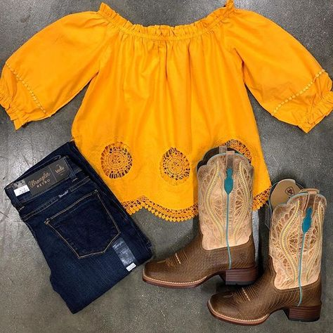 Women S Fashion Stores New Zealand Sexy Cowgirl Outfits, Country Style Outfits, Southern Outfits, Rodeo Outfits, Cute Outfits With Jeans, Country Fashion, Western Outfits, Dance Outfits, Western Wear
