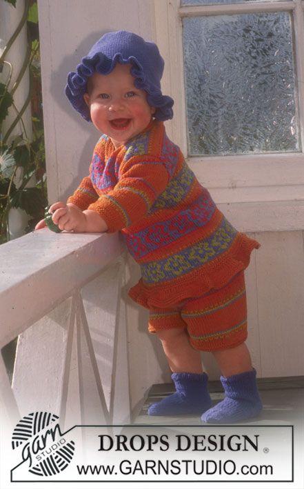 DROPS Tröja, shorts, sockor och virkad hatt i Safran med blom-bårder och ränder. ~ DROPS Design