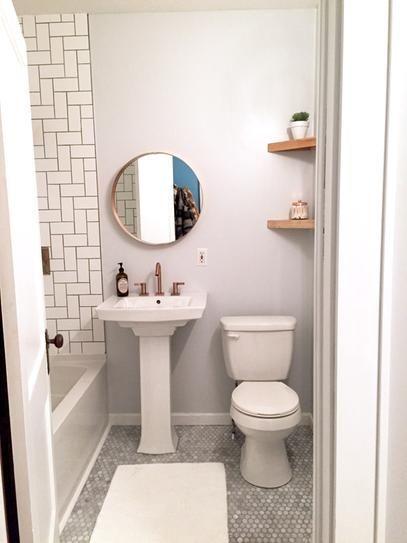 Pin By Taina Cordeiro On Bathroom Walls Decor In 2020 Small Bathroom Bathroom Design Decor Bathroom Design