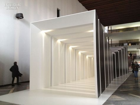 New Design Installations During Salone del Mobile Milan Geometrie und Beleuchtung