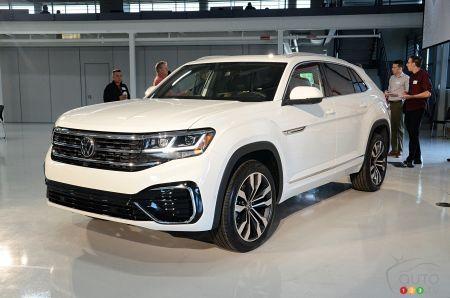2020 Volkswagen Atlas Cross Sport Debuts Car News Auto123 Volkswagen Car Mom Car