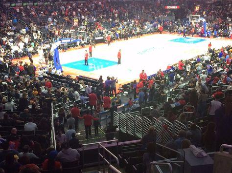 Tickets 2 Tickets Los Angeles Lakers Vs San Antonio Spurs 2 26 17 Vip Premier Tix Pr9 Tickets Los Angeles Clippers Lakers Vs Los Angeles Lakers