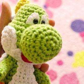 Free Amigurumi Yoshi Pattern – robotrish | Crochet amigurumi free ... | 270x270