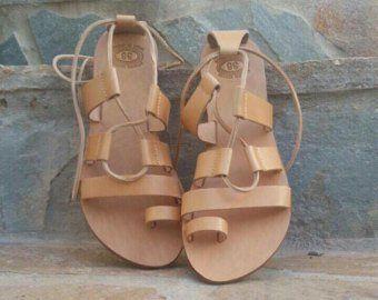 Corriee Mens Summer Beach Flip Flops Shoes Thong Sandal Yoga Lightweight Shower Beach Slippers with Arch Support