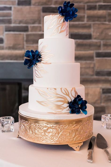 A Fairytale Wedding at the Credit Valley Golf Course and Country Club Navy Blue Wedding Cakes, White And Gold Wedding Cake, Gold Wedding Theme, Gold Wedding Decorations, Themed Wedding Cakes, Wedding Cakes With Flowers, Flower Cakes, Lace Wedding, Fairytale Wedding Themes