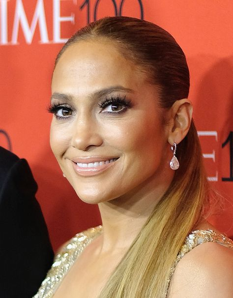 Jennifer Lopez's 50 Inch Hair Extensions Are So Long She