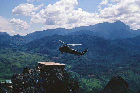 H-34D Landing A Top The Rockpile - Quảng Trị Aerial 1966 | Flickr - Photo Sharing!